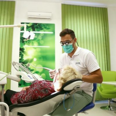 Evergreen dental, implantologues à Budapest